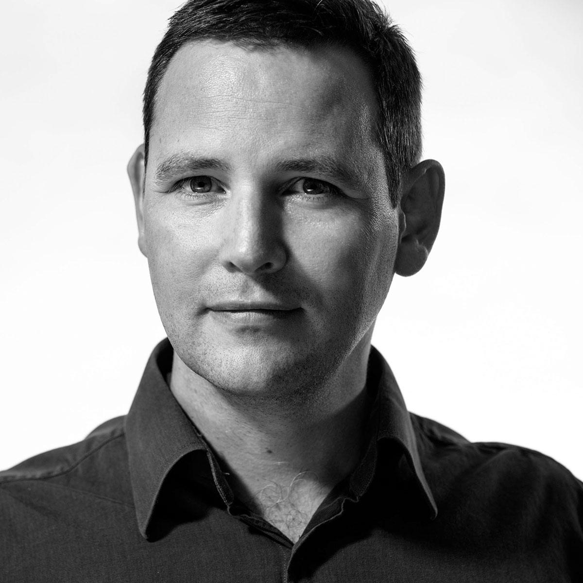 Jan Kjær er månedens stemme på plusbog.dk