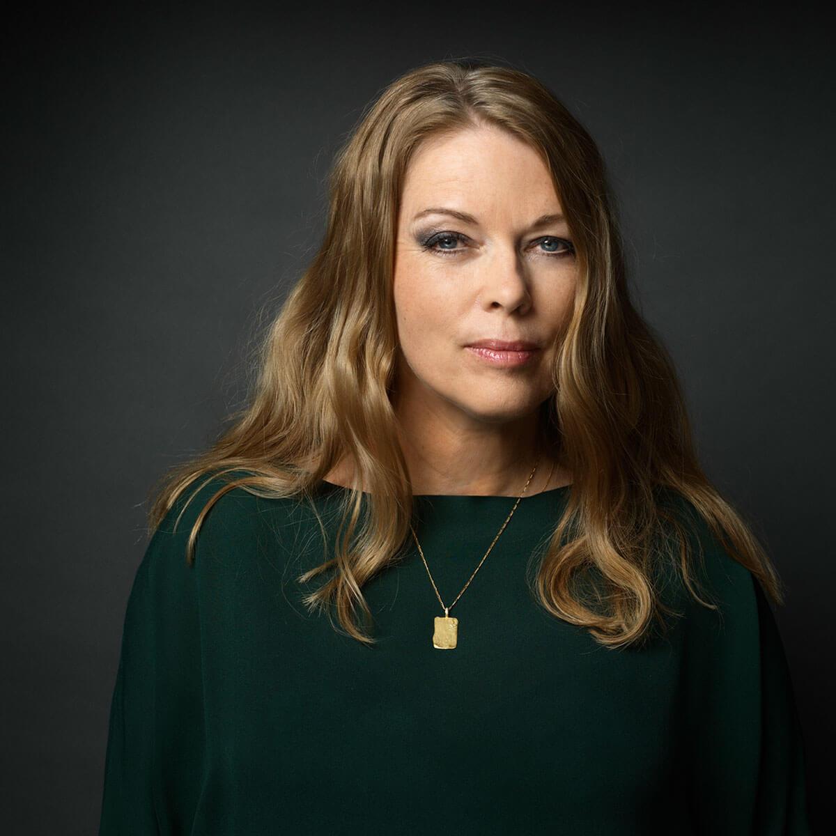 Julie Hastrup er månedens stemme på plusbog.dk