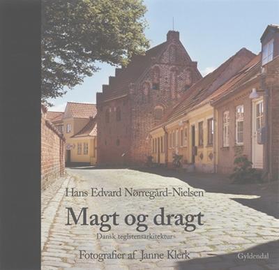 Magt og dragt Hans Edvard Nørregård-Nielsen 9788702029772
