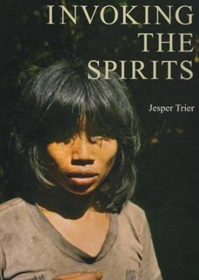 Invoking the Spirits Jesper Trier 9788788415476
