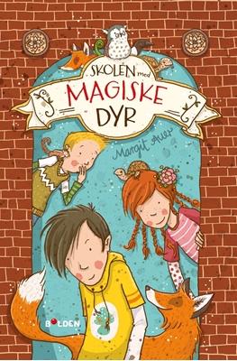 Skolen med magiske dyr (1) Margit Auer 9788771066876