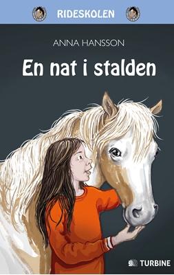 En nat i stalden Anna Hansson 9788740611052