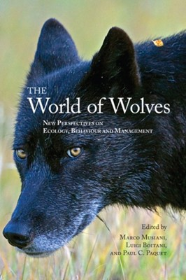 The World of Wolves  9781552382691