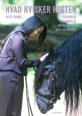Hvad hvisker hesten Ditte Young 9788793867024