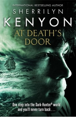 At Death's Door Sherrilyn Kenyon 9780349412245