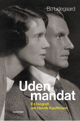 Uden mandat Bo Lidegaard 9788702288513